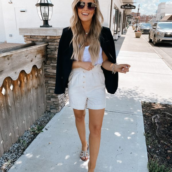 Styling a Blazer With Shorts + An Express Sale!
